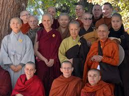 budhistsmonknuns
